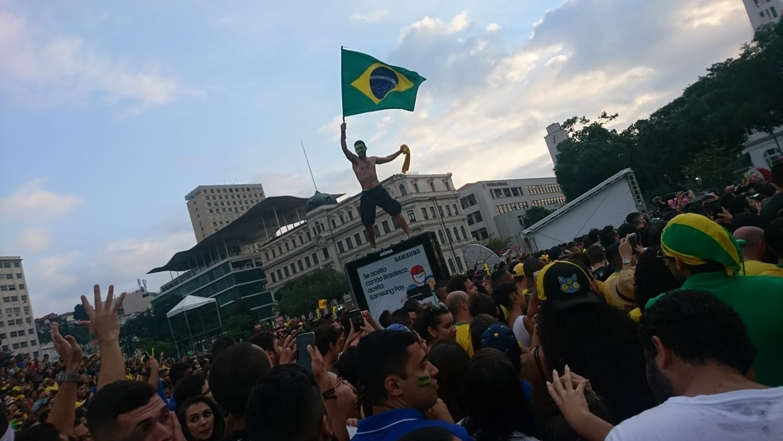 ¡¡¡Los brasileños son fanáticos del fútbol!!! :)