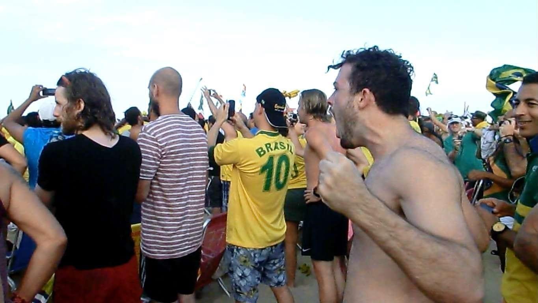 Los brasileños somos locos del fútbol.