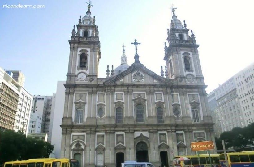Brasil y religión. La iglesia de la Candelaria en Río de Janeiro.