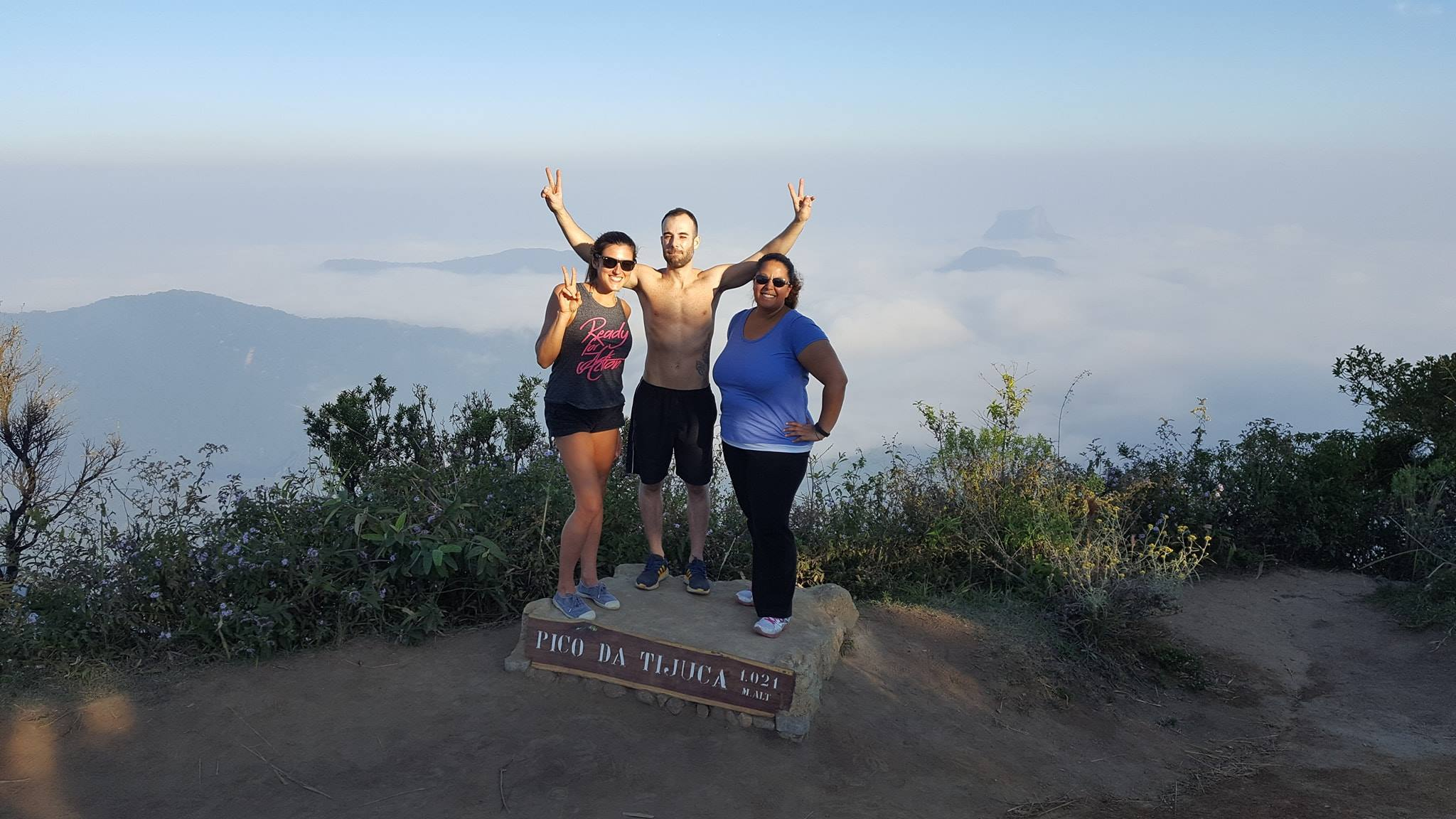 Hiking to Pico da Tijuca. We didi it!