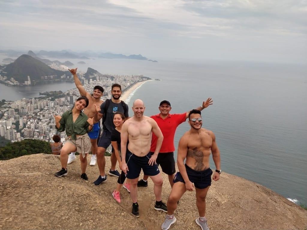 Trilheiros Cariocas. Hiking at Dois Irmãos
