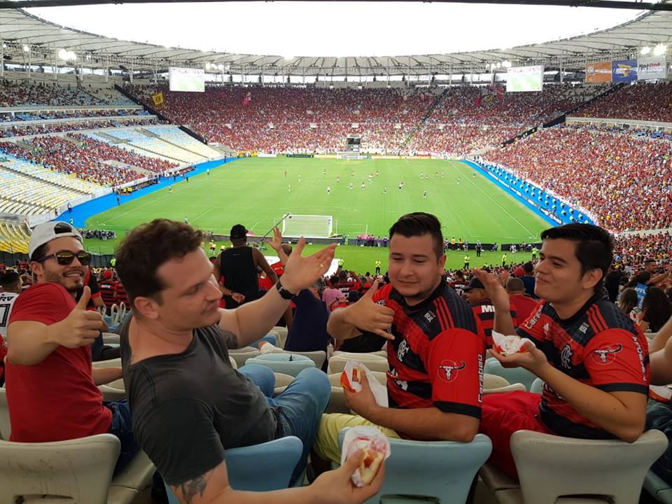 Having fun at Flamengo Anniversary