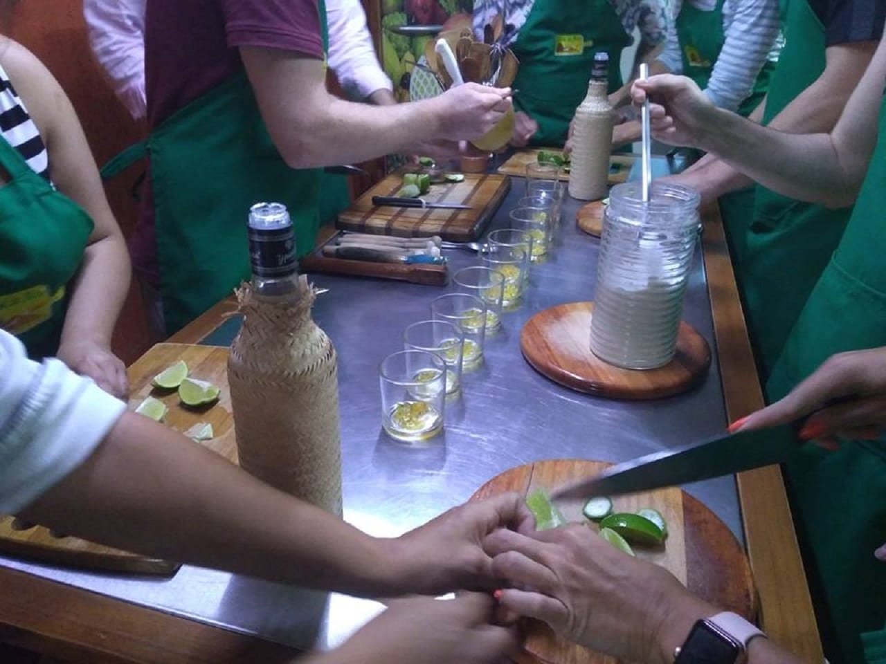 Students learning how to prepare Caipirinha.