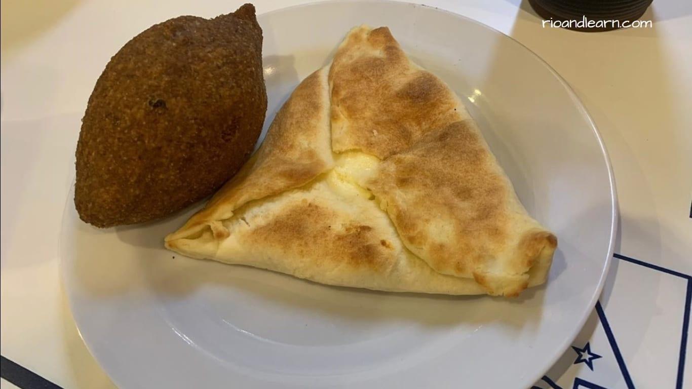 Lebanese restaurant in Rio de Janeiro. Kibe and esfirra.