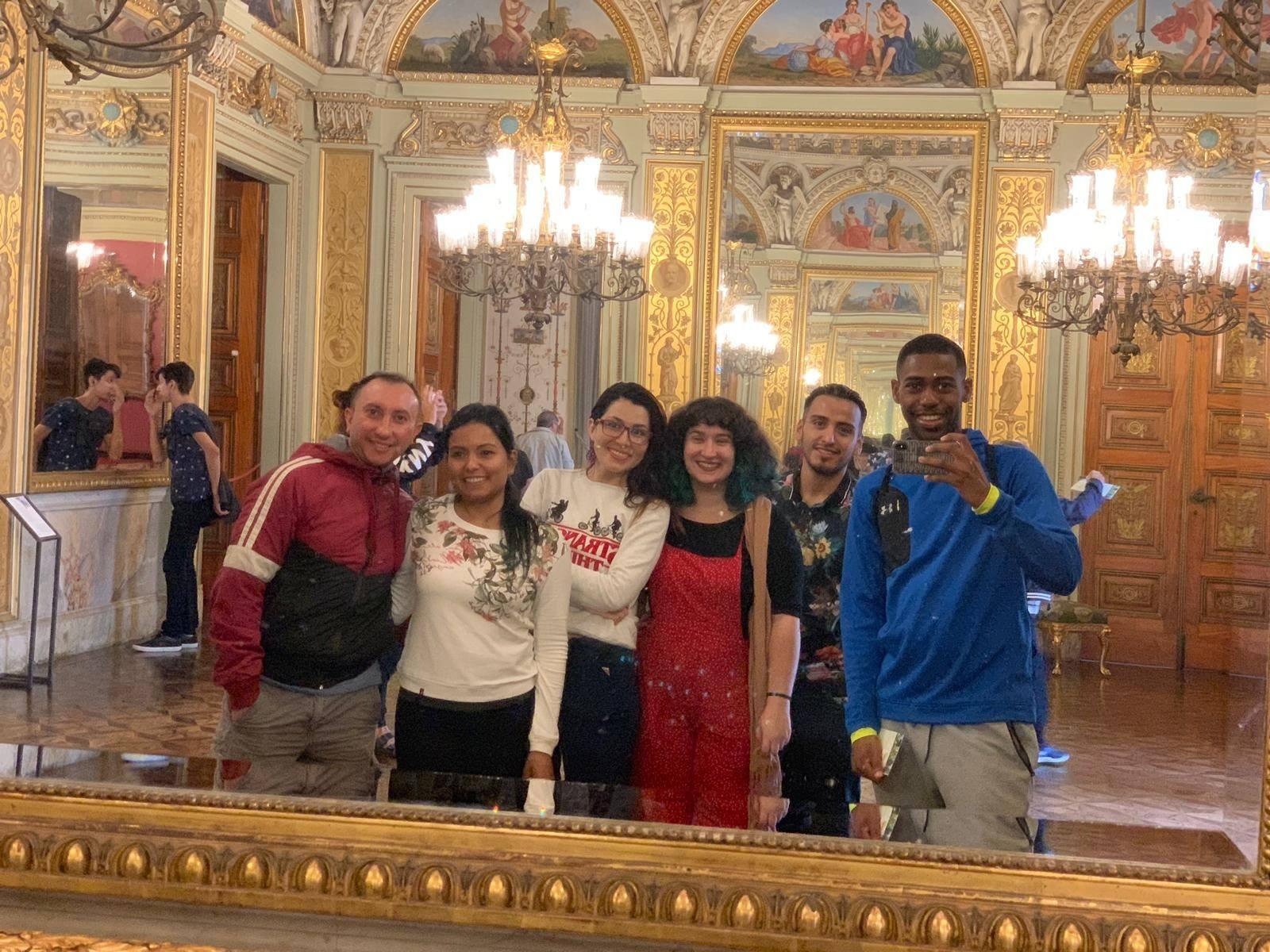 Aprendendo sobre história e memes no Palácio do Catete.