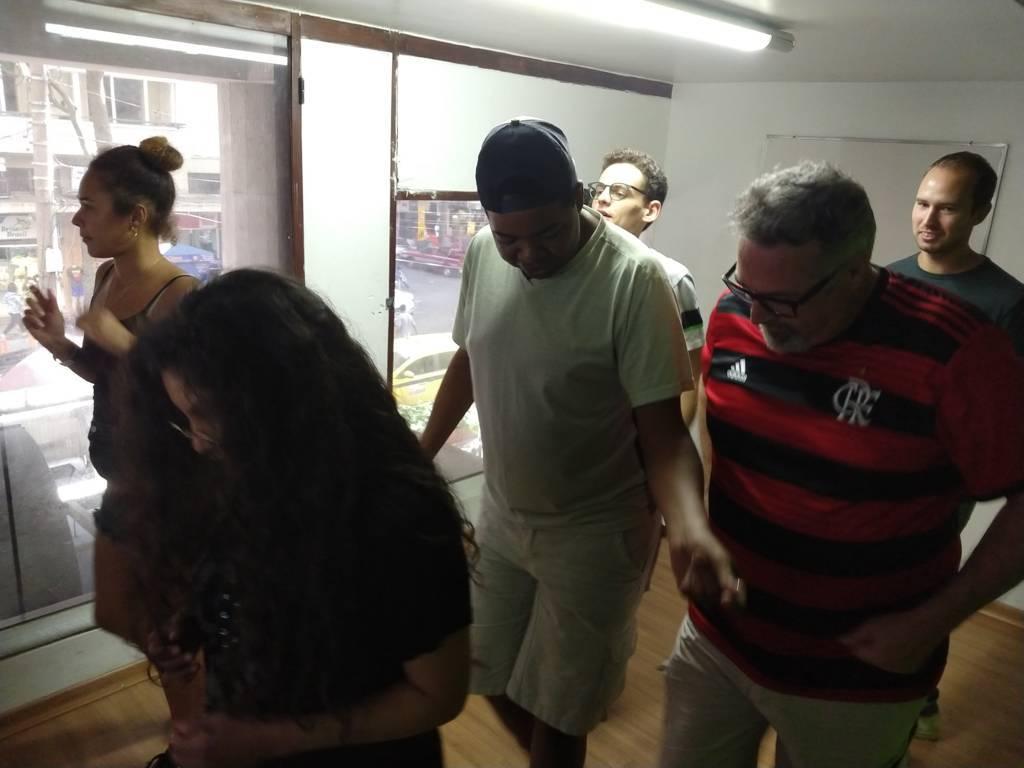 Gringos with samba no pé