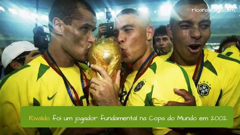 Rivaldo Soccer Player. Rivaldo foi um jogador fundamental na Copa do Mundo em 2002.