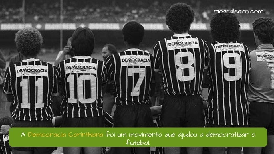 Corinthians Democracy. A Democracia Corinthiana foi um movimento que ajudou a democratizar o futebol.