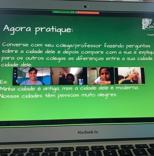 Students studying in an Online Portuguese Course.