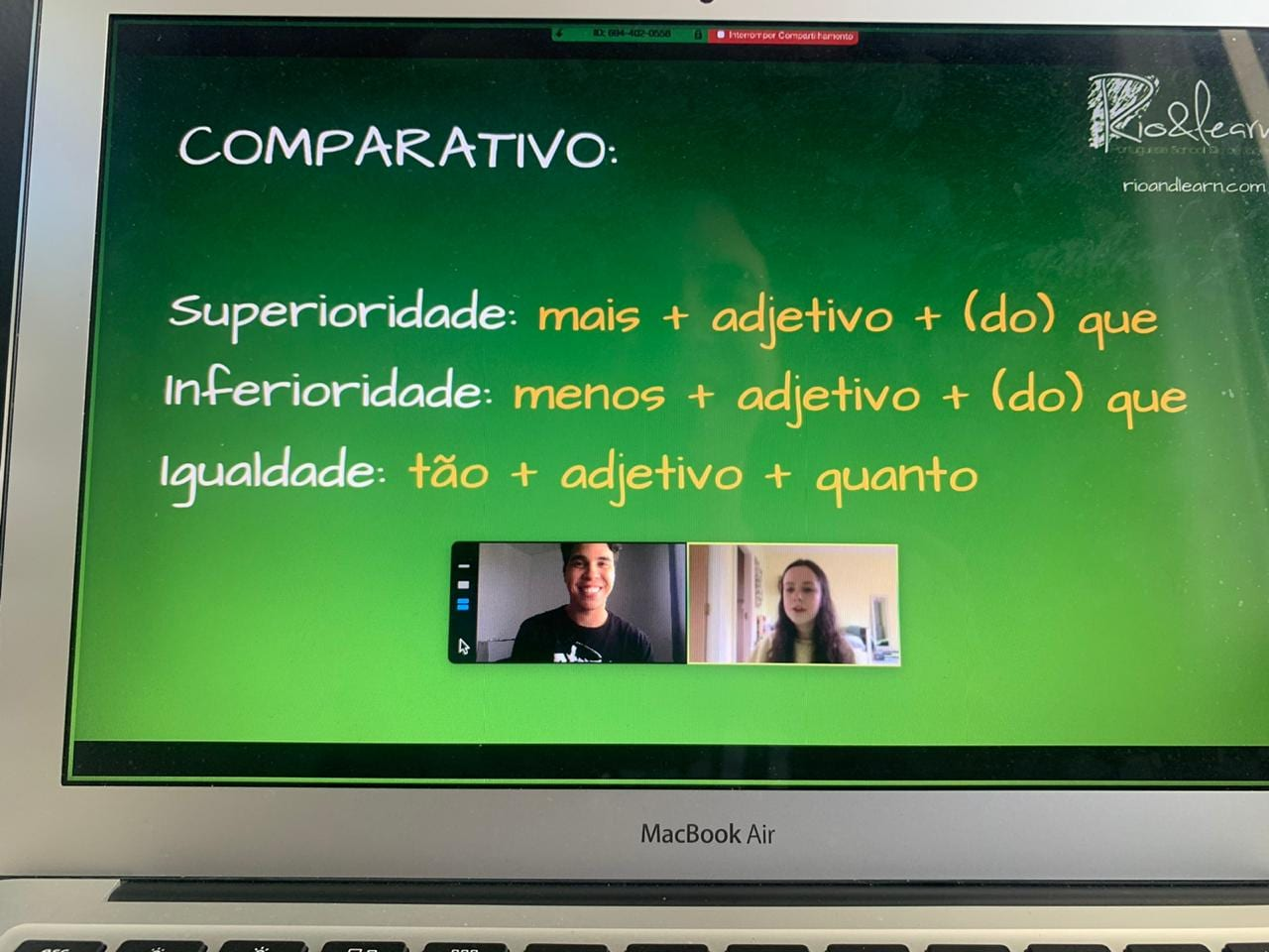 Screen of a portuguese online class by Rio & Learn.