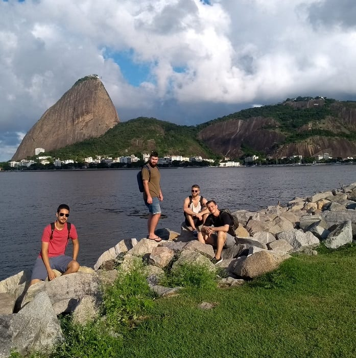 Learn Portuguese in 30 days and explore Rio de Janeiro. Students in front of the sugar loaf.