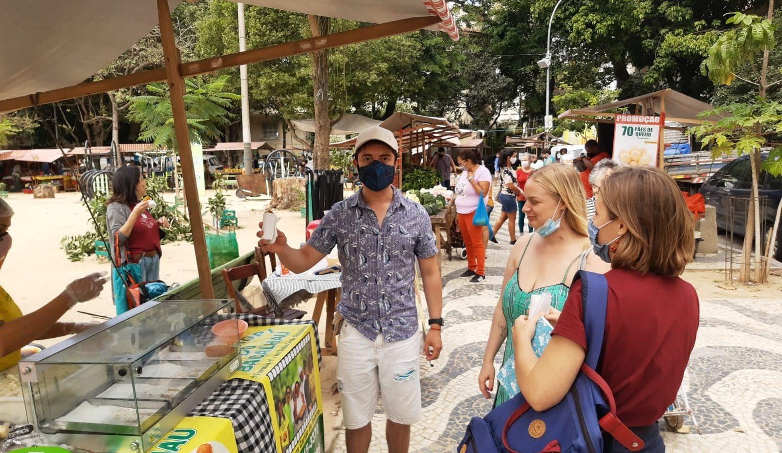 Covid no Brazil. Rio & Learn faz aulas ao ar livre