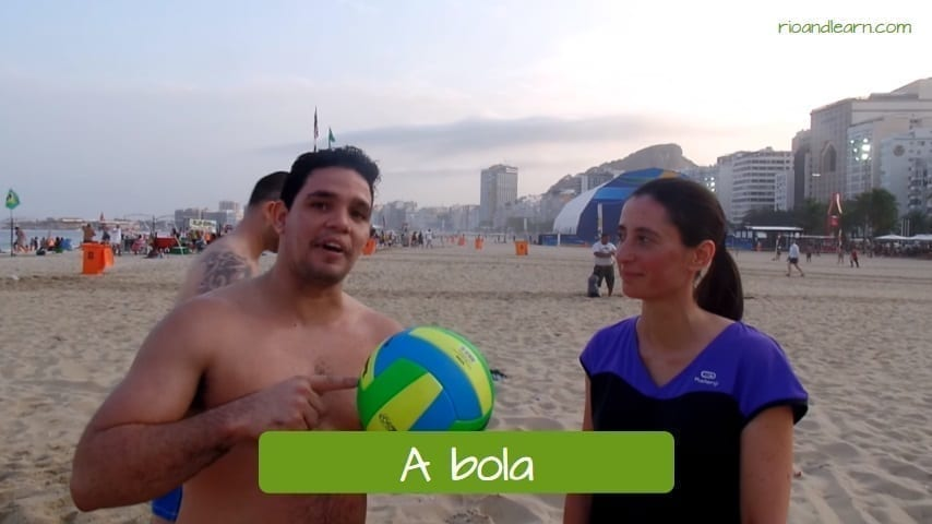 Vocabulario de voley playa en portugués: a bola.