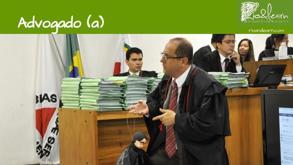 Las profesiones en Portugués. Abogado: Advogado