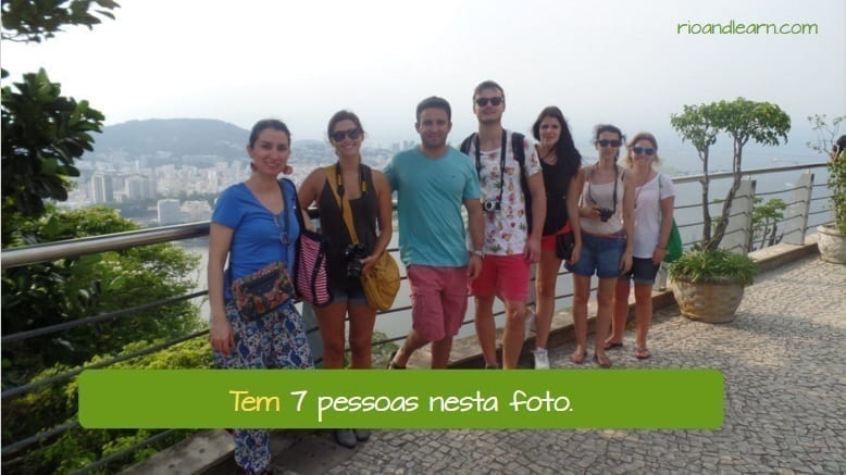 Verb Haver in Portuguese. Difference between Haver and Ter. Tem 7 pessoas nessa foto.