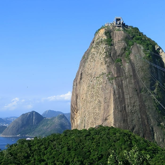 Free Portuguese Lessons in Rio with #AmoRioandLearn. Visit The Sugar Loaf Mountain while you practice Portuguese..