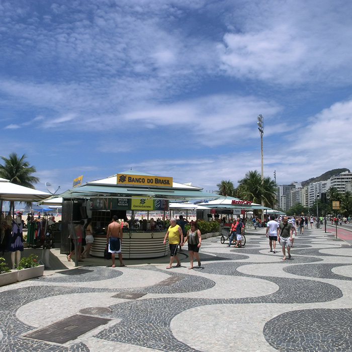 Learn Portuguese by the beach at Rio & Learn.