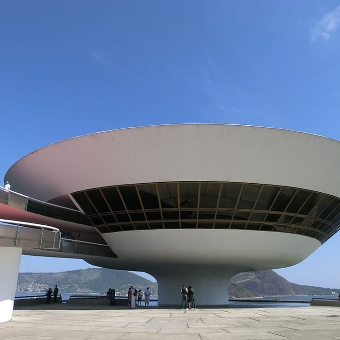 Visit Niterói with Rio & Learn and meet the Museum of Contemporary Art.