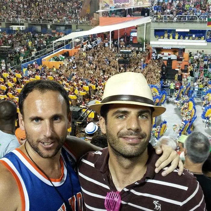 Enjoy Carnaval in Rio de Janeiro. Foreigners students at Sambódromo.