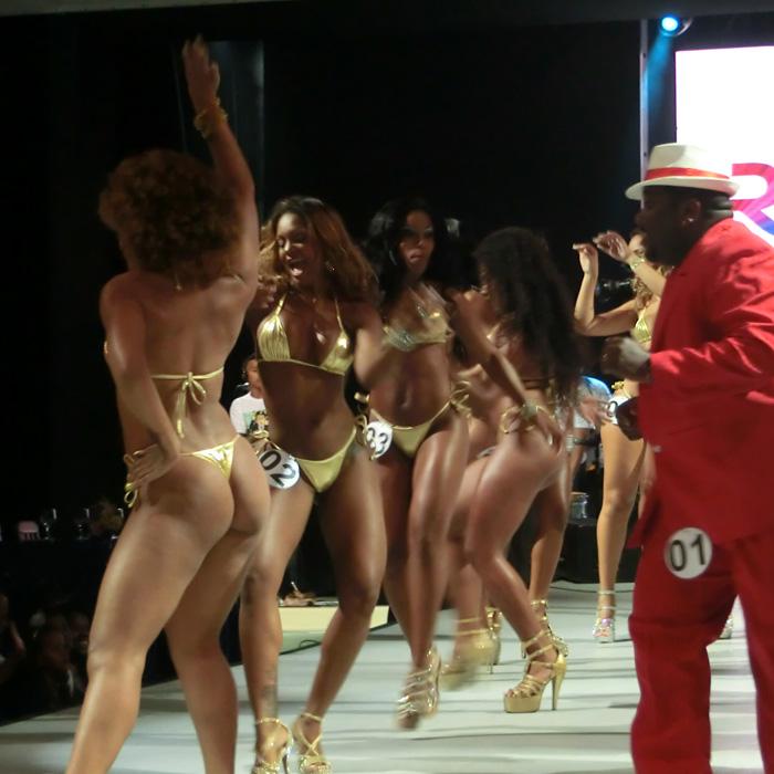 Explore Rio de Janeiro. Brazilian Samba Dancers wearing a bikini and dancing.