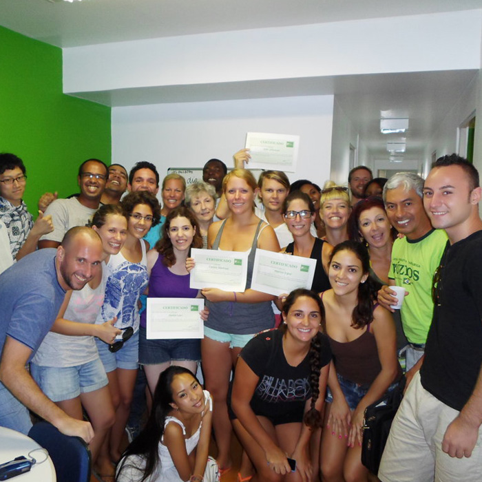 Learn and change the world. Students from several countries with Portuguese certificate.