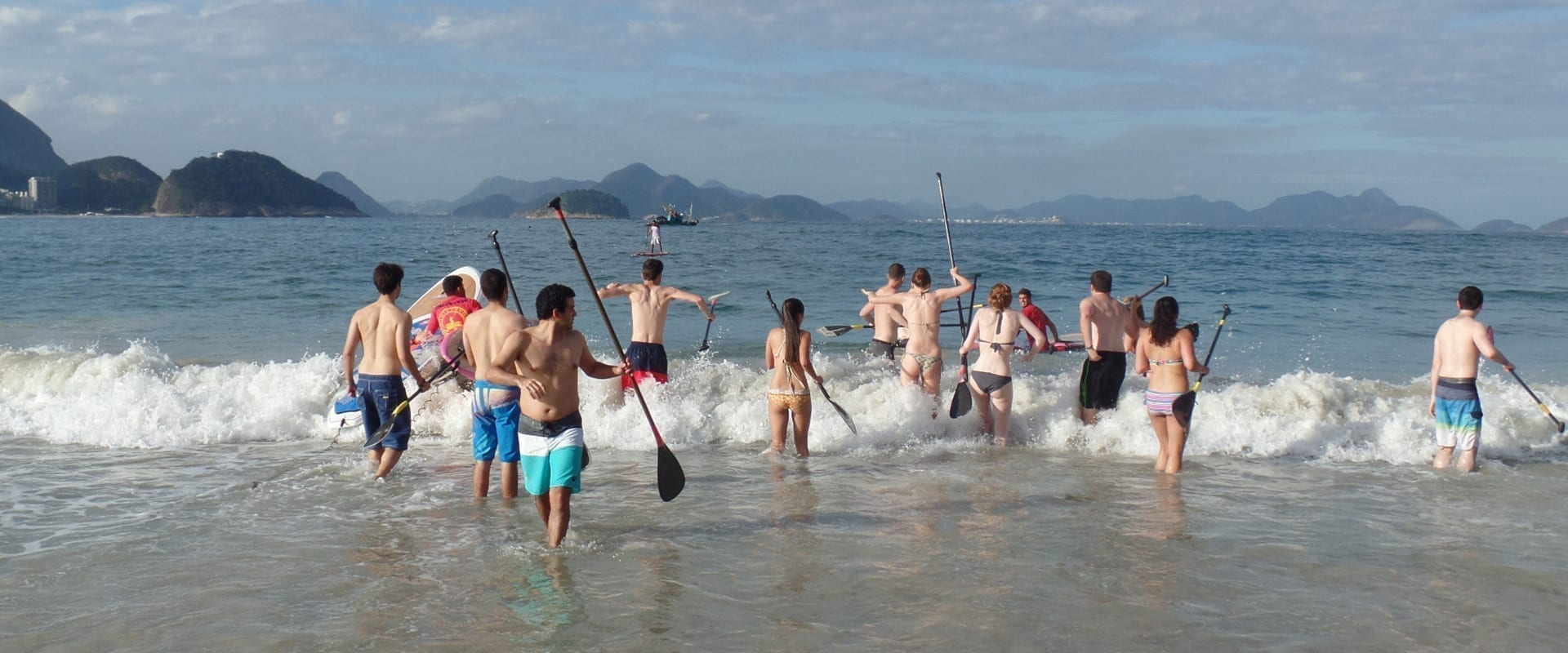 Stand up paddle activities in Rio de Janeiro.